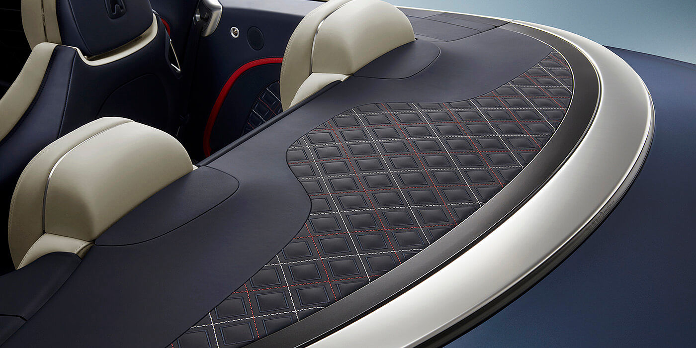 NEW-BENTLEY-CONTINENTAL-GT-MULLINER-CONVERTIBLE-TONNEAU-COVER-CLOSE-UP